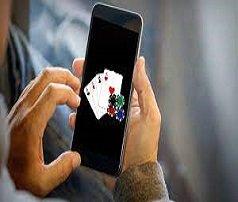 App vs Instant Play